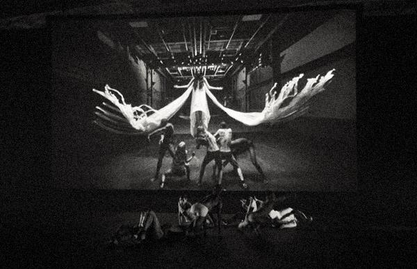 gareth-pugh-show-presentation-immersive-fashion-new-york-fashion-week-2013-2014 copy